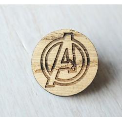 Drewniana wpinka AVENGERS