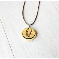 Natural wooden necklace GROOT