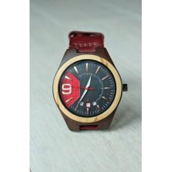 Drewniany zegarek z datownikiem
