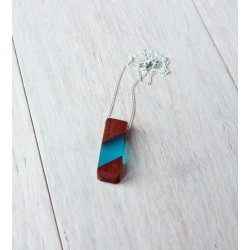 Wood and resin pendant BLOCK