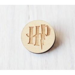 Drewniana wpinka - broszka HARRY POTTER