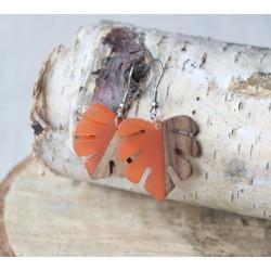Kolczyki drewniane z żywicą MONSTERA pomarańczowa
