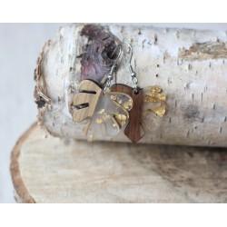 Kolczyki drewniane z żywicą MONSTERA złota