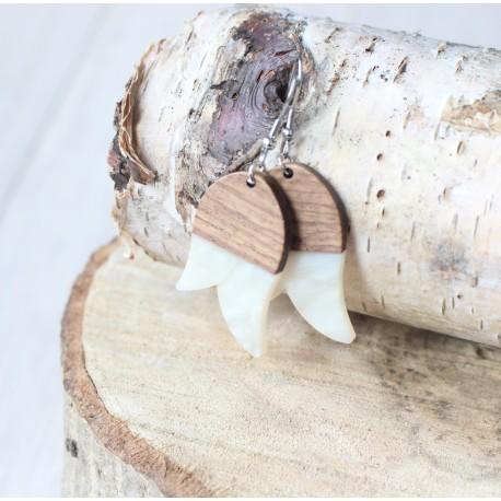 Kolczyki drewniane z żywicą TULIPAN perła